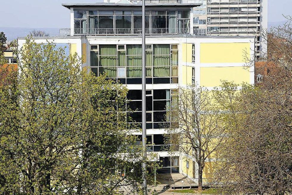 Rektoratsgebäude am Fahnenbergplatz - Freiburg