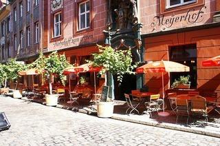 Kellerb�hne im Gro�en Meyerhof