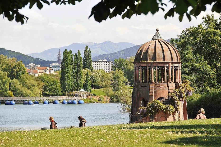 Tempelchen Seeparkgelände - Freiburg