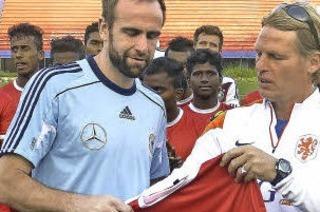 Lutz Hangartner, Dennis B�hrer und Steffen Wohlfarth haben mit der Studenten-Nationalmannschaft in Indien gespielt