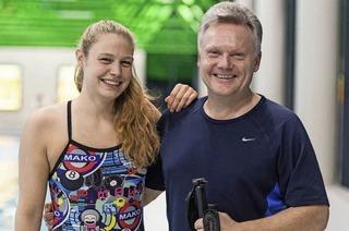Bernd Pinkes traininert trotz Krankheit Schwimmer f�r Olympia