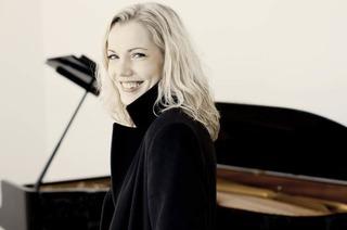 Gesa L�cker spielt Schumann, Bach und Liszt in der Sigma-Klinik Bad S�ckingen
