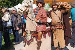 Fotos: T�pfer- und K�nstlermarkt in Schloss Beuggen