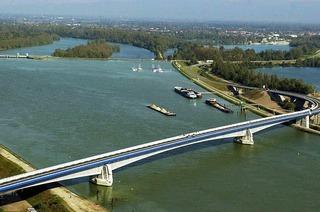 Pierre-Pflimlin-Brücke (Altenheim)