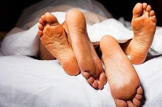 Liebhaber mit Einbrecher verwechselt: Lauter Sex löst Polizeieinsatz aus