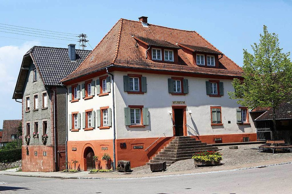 Rathaus Oberweier - Friesenheim