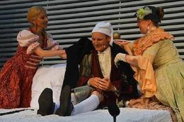 """Fotos: Burgfestspiele Rötteln geben Molières """"Der eingebildet Kranke"""""""