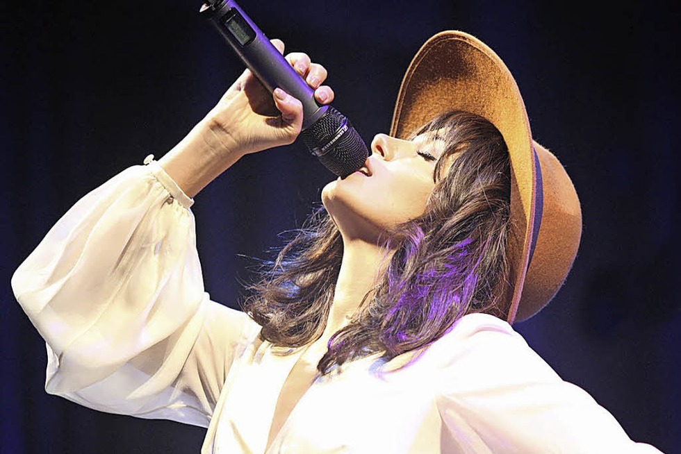 Katie Melua tritt im großen Zirkuszelt auf - Badische Zeitung TICKET