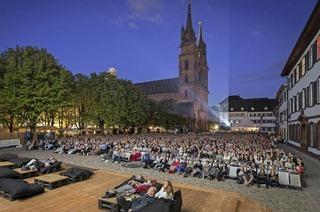 Open-Air-Kino auf dem M�nsterplatz