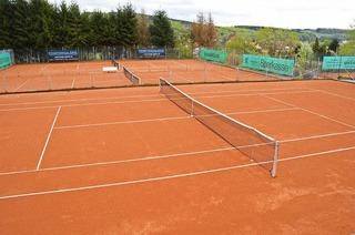 Tennisplatz TC Grün-Weiß-Hausen