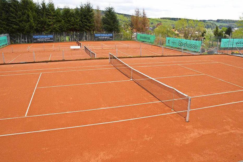 Tennisplatz TC Grün-Weiß-Hausen - Hausen im Wiesental