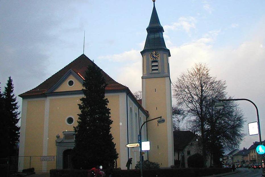 Kath. Pfarrkirche Heiliges Kreuz - St�hlingen
