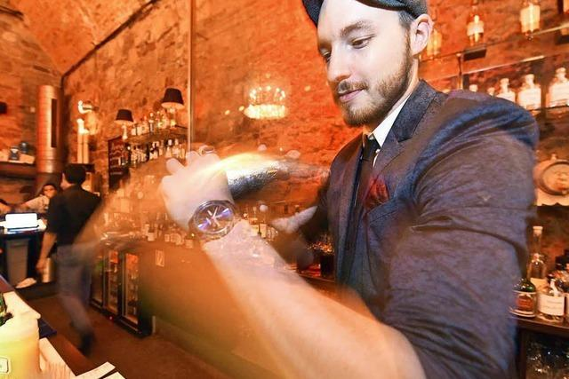 Cocktail-Kurs in der Hemingway-Bar: So mixt man einen