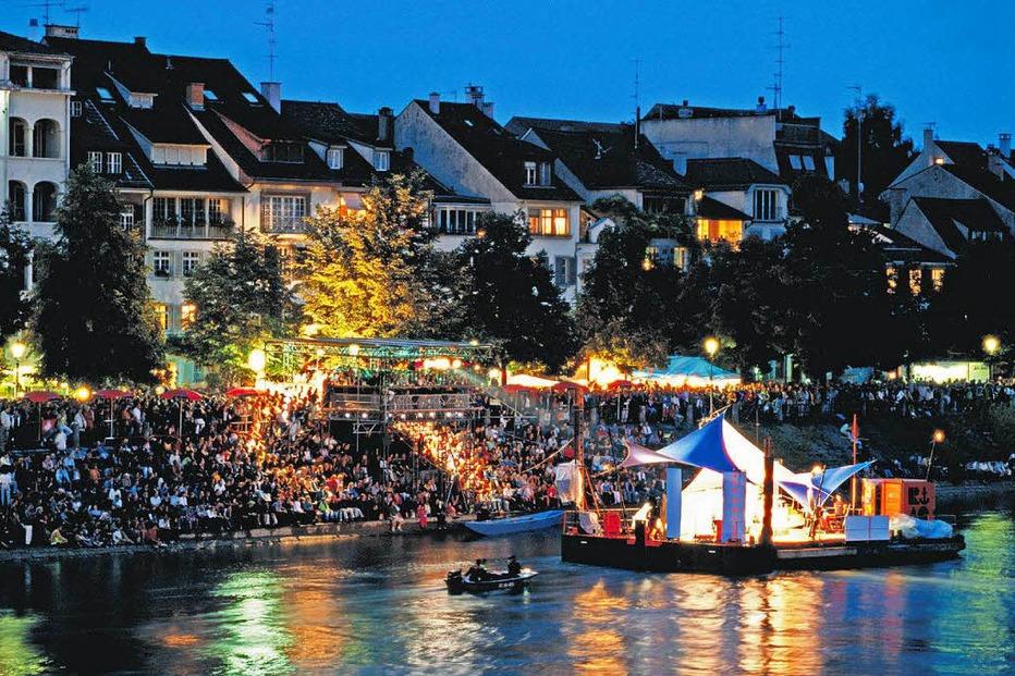 Floß beim Kleinen Klingental (Kleinbasel) - Basel