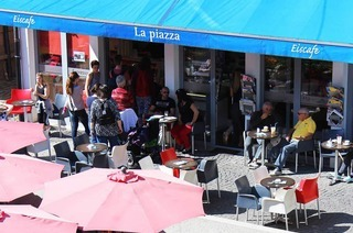 Eiscaf� La Piazza