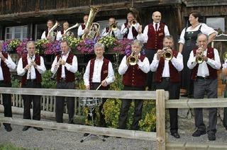 """Aubachtal Musikanten gastieren in Rothauser """"H�sli"""""""