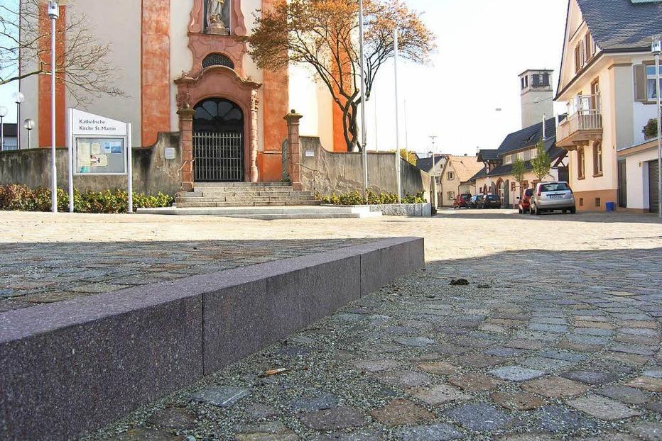 Kirchplatz - Riegel