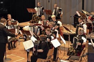 Mit der Trachten-Akkordeongruppe in Breitnau