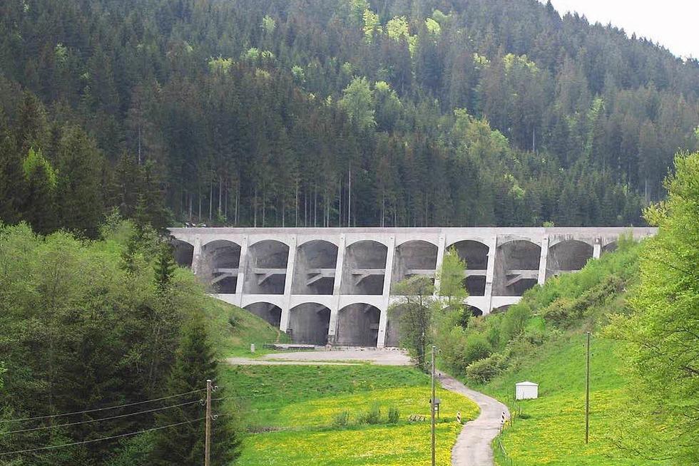 Staumauer Linachtalsperre - Vöhrenbach