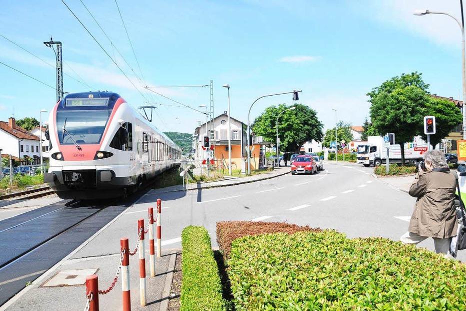 Bahnhof - Steinen