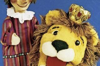 Kasper und der Löwenkönig in der Freiburger Puppenbühne