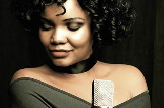 Whitney-Houston.-Tribute.-Concert mit Nya King in der Schopfheimer Stadthalle