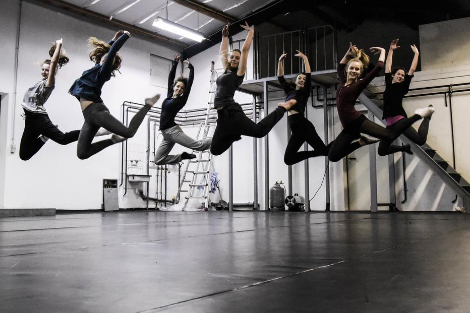 Tanzstudio und Jugend Kultur Zentrum - Merzhausen