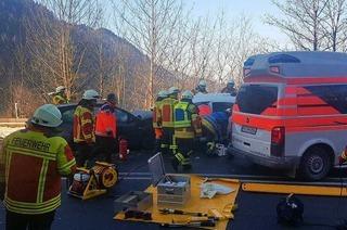 Sperrung der B 31 nach Unfall im Höllental aufgehoben