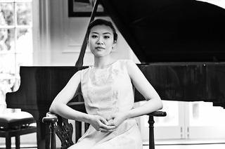Weltklassik am Klavier mit Olivia Sham in Lahr und Offenburg