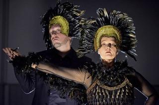 Theater im Gewölbe zeigt neue Produktion im Salmen Offenburg