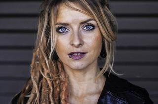 """Sarah Lesch mit """"Von Musen und Matrosen"""" im Lörracher Nellie Nashorn"""