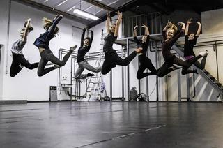 Tanz mit Jugend Pro Arte in Waldorfschule St. Georgen