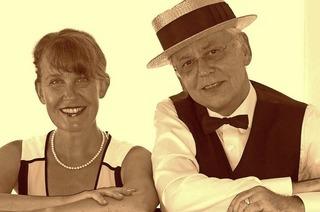 Susanne Kägi und Andrzej Bijak tanzen und singen mit ihrem Publikum am Freitag, 17. Februar, in der Käppelescheuer in Schallstadt durch Melodien vom Broadway.