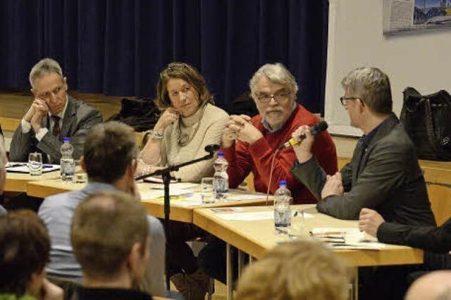 So wurde bei BZ-Hautnah über Unterichtsausfall an Freiburger Schulen diskutiert