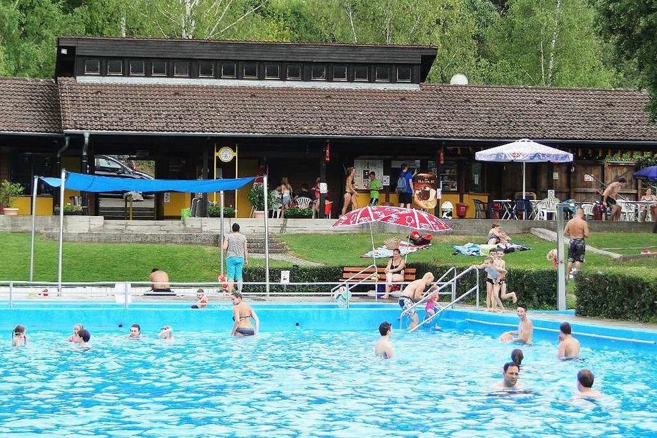 Schwimmbad (Oberrotweil) - Vogtsburg
