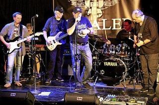 Stealer kommt mit melodischem Rock und kompaktem Bandsound ins Rockcafé