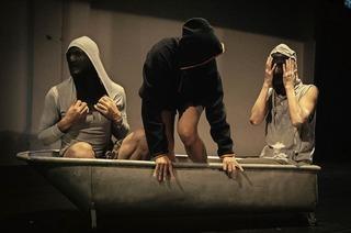 """Die Dagada Dance-Company mit """"The Blob"""" im E-Werk Freiburg"""