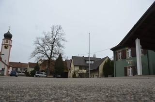 Dorfplatz Offnadingen