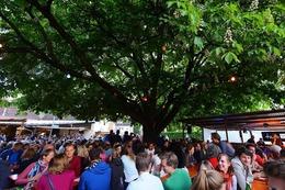 Fotos: Freiburg startet auf dem Weinfest St. Georgen in die Weinfest-Saison