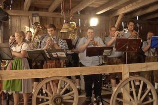 Schopfschellenfest der Trachtenkapelle Birkendorf in Birkendorf