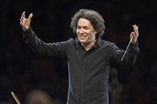 """Konzert """"Aus der Neuen Welt"""" der Berliner Philharmoniker unter Leitung von Gustavo Dudamel live im Union-Kino in Lörrach"""