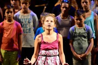 Zum Ende der Spielzeit gibt's am Theater Freiburg ein Spektakel für einen coolen Chor