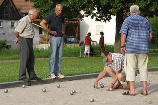 Bouleplatz im Park (Istein)