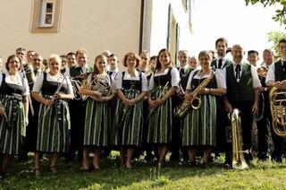 Musikverein Britzingen gastiert zwischen Britzigen und Badenweiler