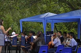 Nachwuchsmusiker der Woodford County High School zu Gast in Badenweiler