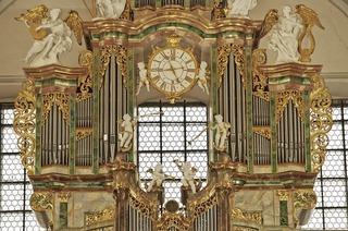 Die Internationalen Orgelkonzerte in der Barockkirche St. Peter