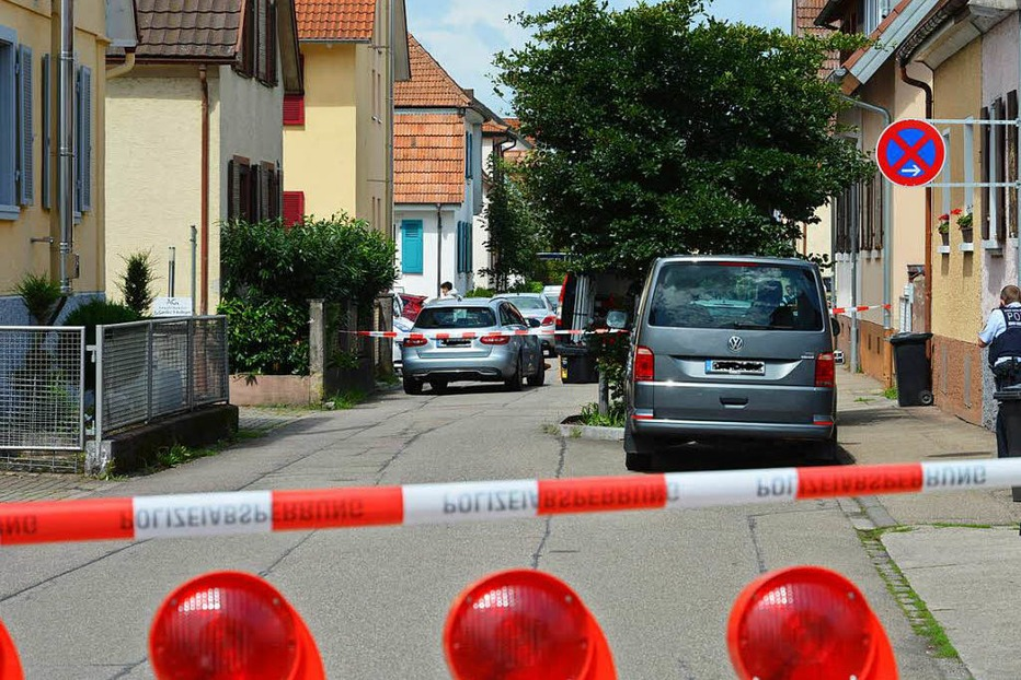 52-Jähriger ersticht Ex-Freundin und gemeinsamen vierjährigen Sohn in Teningen - Badische Zeitung TICKET