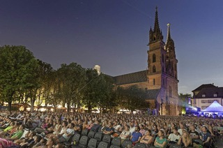 Allianz Cinema auf dem Basler Münsterplatz