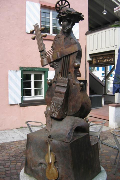Viola-Skulptur (Storchenplatz) - Wehr
