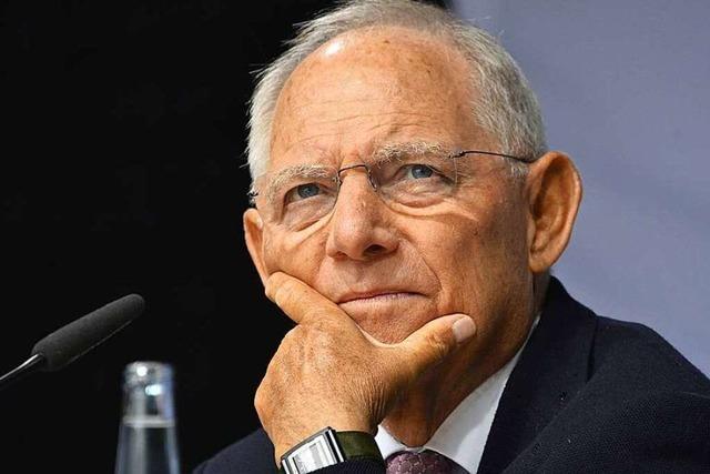 Wolfgang Schäuble plädiert beim BZ-Wahltag in Freiburg für mehr Europa